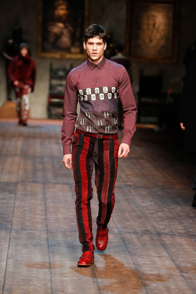 cc2a6504942b The Norman Kingdom of Sicily Inspires Dolce   Gabbana Menswear Fall 2014  Collection