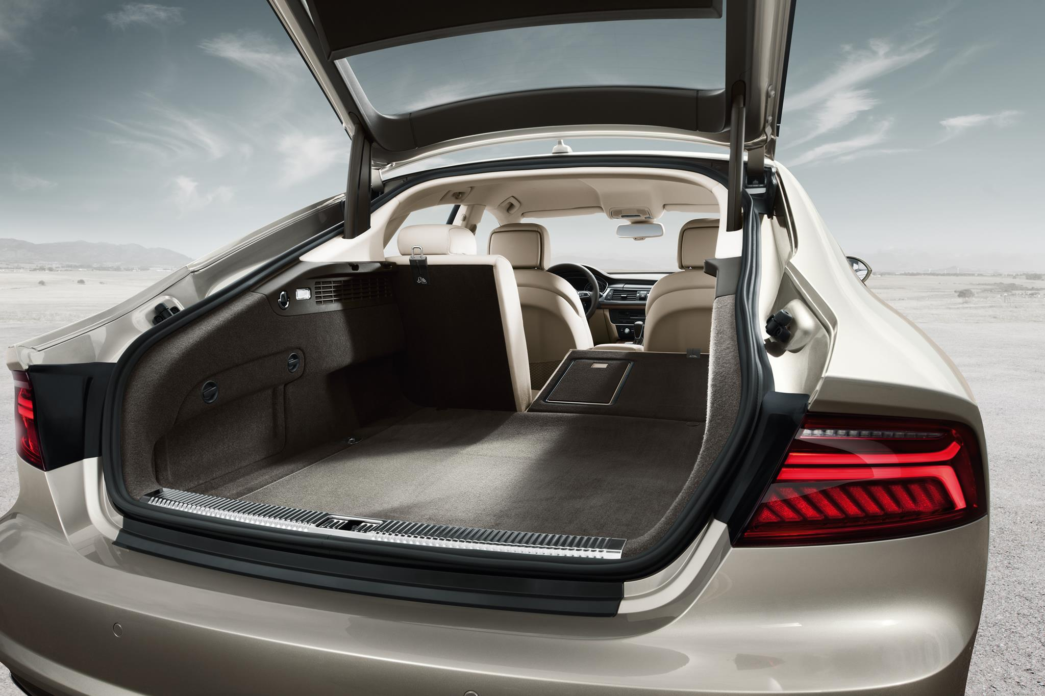 The 2015 Audi A7 Sportback Is Presence Redefined With New Design Amp Technologies Senatus