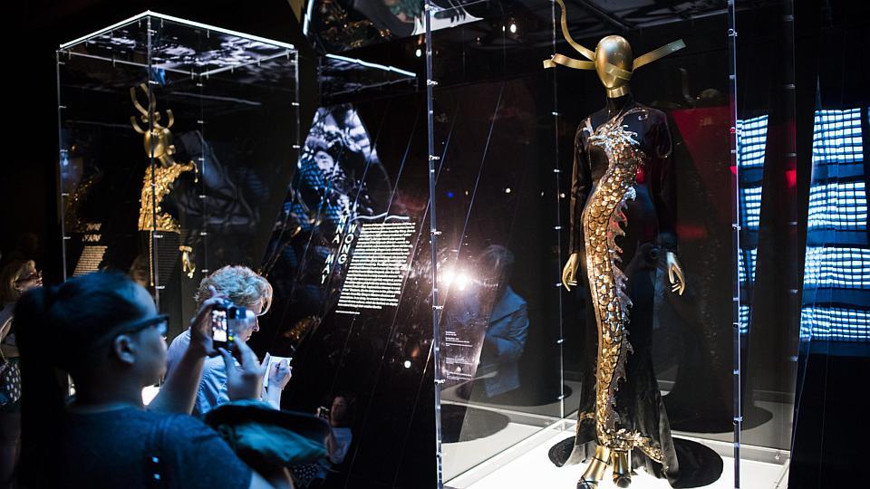 China Through The Looking Glass At Metropolitan Museum