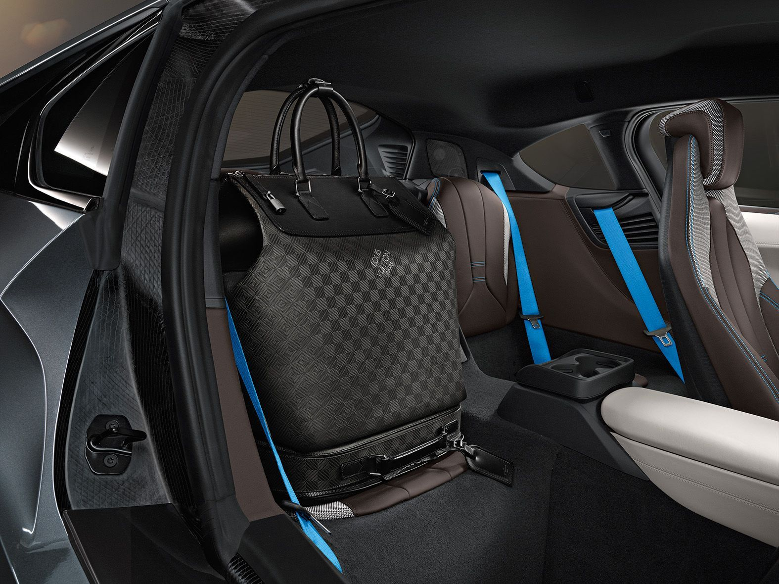 ... Coupe Series Black Bmw I8 : Louis Vuitton Tailor Made Luggage For BMW I8  ...