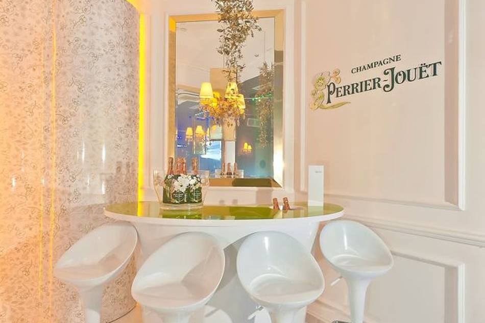 Perrier-Jouët has launched its first salon in Singapore and the first in South East Asia, in collaboration with The Mansion