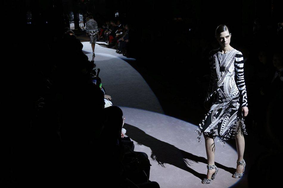 The catwalk debut for Tom Ford's womenswear collection marks a change in strategy, where it used to be displayed only behind closed doors for private clients and magazine editors